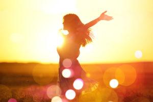 Kinésiologie Nancy - Silouhette coucher de soleil - Bokeh
